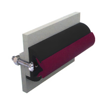 Vinyl rubbing strakes, type Poly3026, black, ruby, 30x26mm, 30m